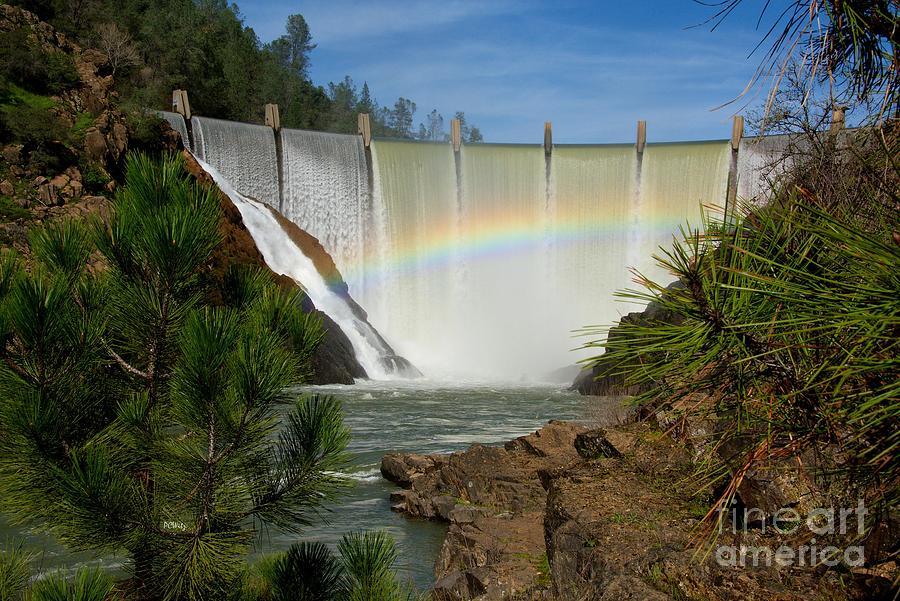 Dam Rainbow by Patrick Witz