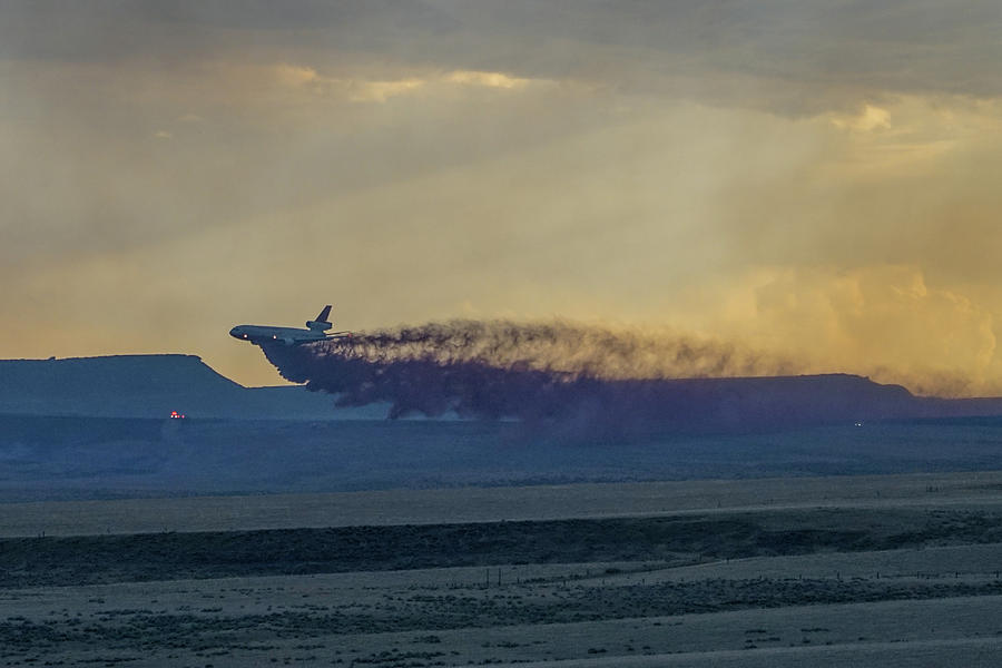 Dc-10 Photograph - Dc-10s First Retardant Drop In South Dakota by Bill Gabbert