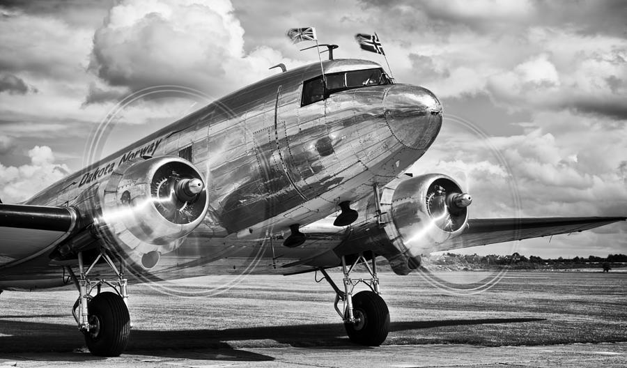 Dc 3 Photograph - Dc-3 Dakota by Ian Merton
