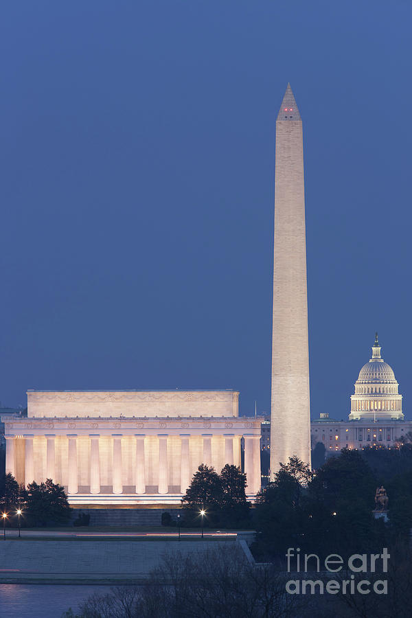 America Photograph - Dc Landmarks At Twilight by Clarence Holmes