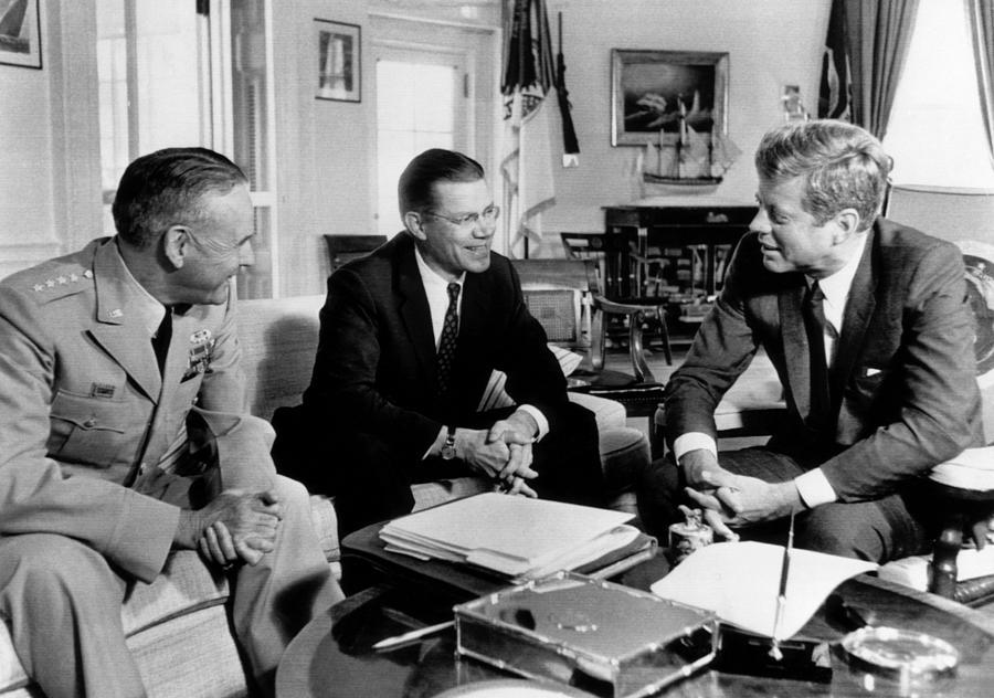 1960s Photograph - Defense Secretary Robert Mcnamara by Everett
