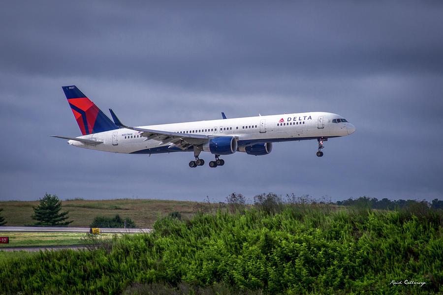 Boeing 757-200 Photograph - Delta Air Lines 757 Airplane N557nw Art by Reid Callaway