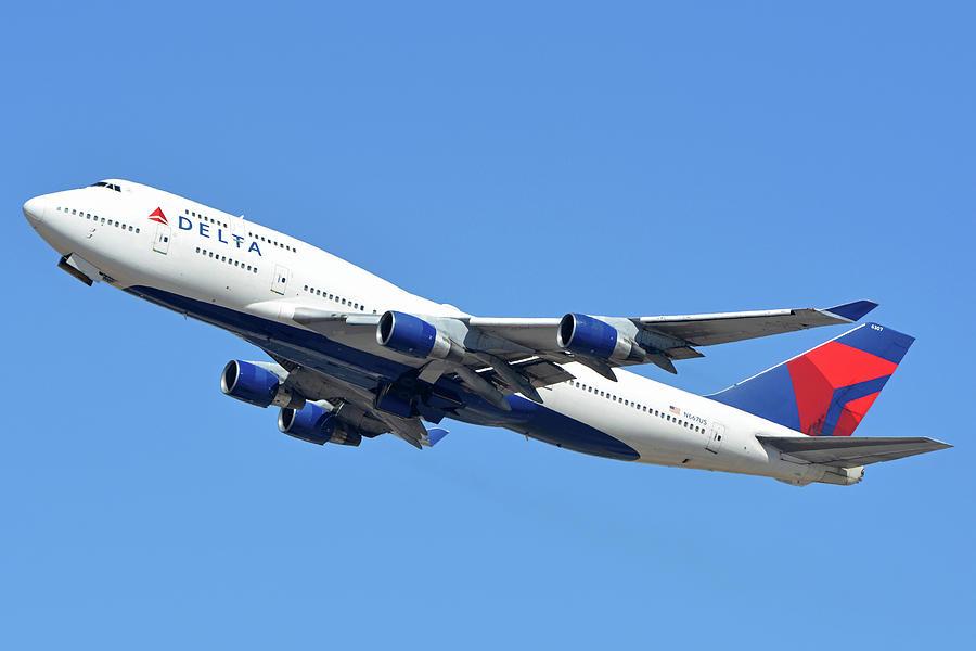 Delta Boeing 747-451 N667US Phoenix Sky Harbor October 7 2017  by Brian Lockett