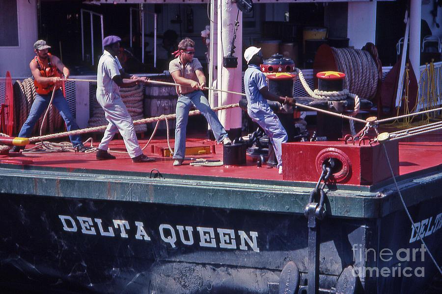 Nashville Photograph - Delta Queen Riverboat by Randy Muir