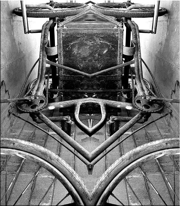 Abstract Photograph - Density-027 by Yehan Wang