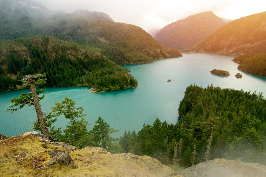 Diablo Lake  by Julius Reque