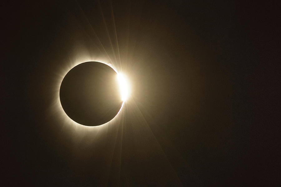 Eclipse Photograph - Diamond Ring by Joe Hudspeth