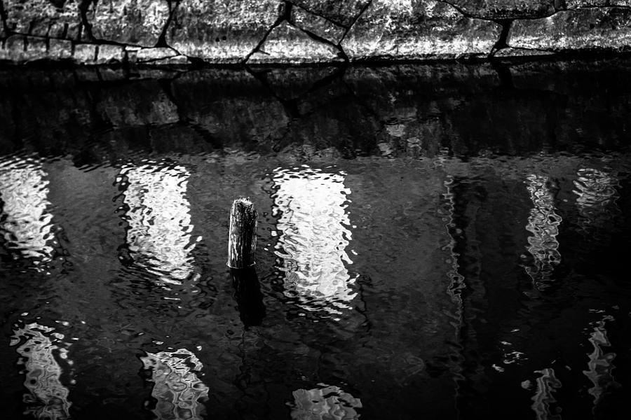 Matti Ollikainen Photograph - Dip by Matti Ollikainen
