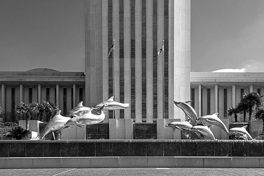 Florida State Capitol Photograph - Dolphin Fountain In Black And White by Frank Feliciano