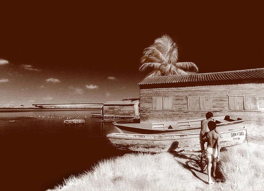 Landscape Photograph - Domingo En La Manana by Osvaldo Carbuccia