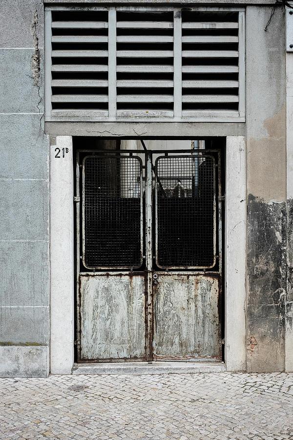 Old Door Photograph - Door No 21b by Marco Oliveira