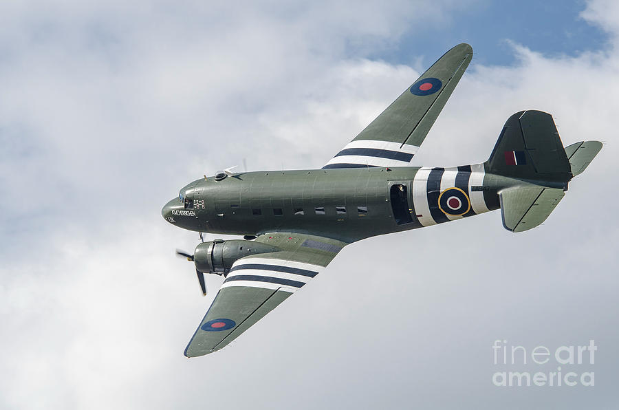 Second World War Photograph - Douglas C-47 Dakota Za947 by Simon Pocklington