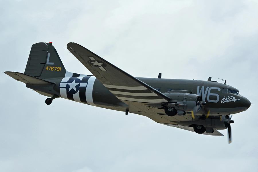 Airplane Photograph - Douglas C-47b Dakota N791hh Willa Dean Chino California April 30 2016 by Brian Lockett