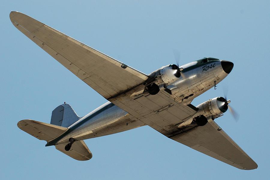Airplane Photograph - Douglas Dc-3 Rose At Hawthorne by Brian Lockett