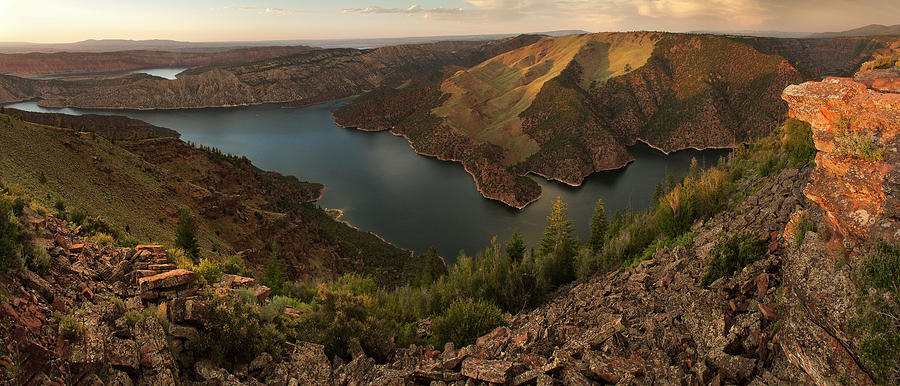 Flaming Gorge Photograph - Dowd Mountain Overlook by David Halter