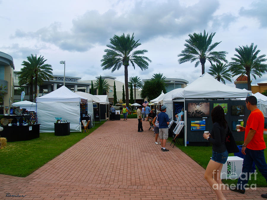 Downtown Art Show In Tropical Paradise Florida C1 Photograph by Ricardos Creations