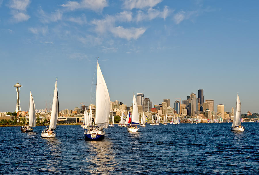 Seattle Photograph - Downtwon Seattle Waterfront by Tom Dowd