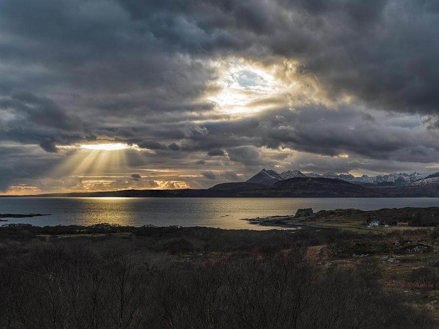 Isle Of Skye Photograph - Dramatic Skye by Mike Herdering