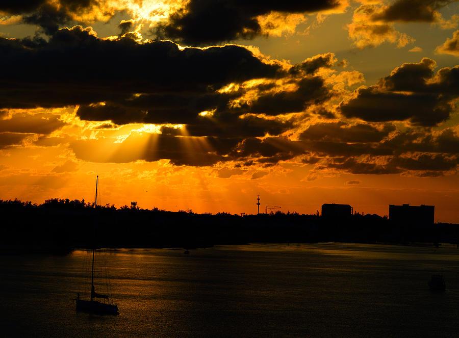 Nassau Photograph - Dramatic Sunrise At Nassau by Srinivasan Venkatarajan