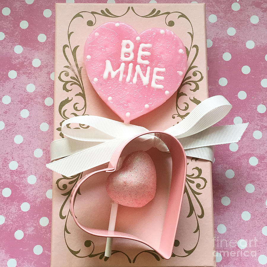 Shabby Chic Pink Valentine Heart - Be Mine - Valentine Romantic Pink ...