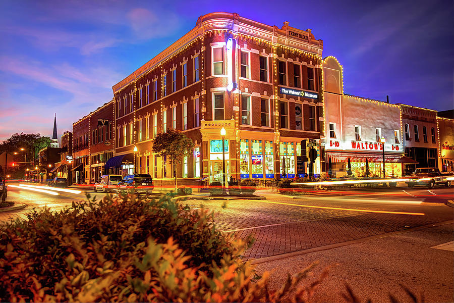 Driving Through Downtown Bentonville Arkansas Town Square Photograph By Gregory Ballos
