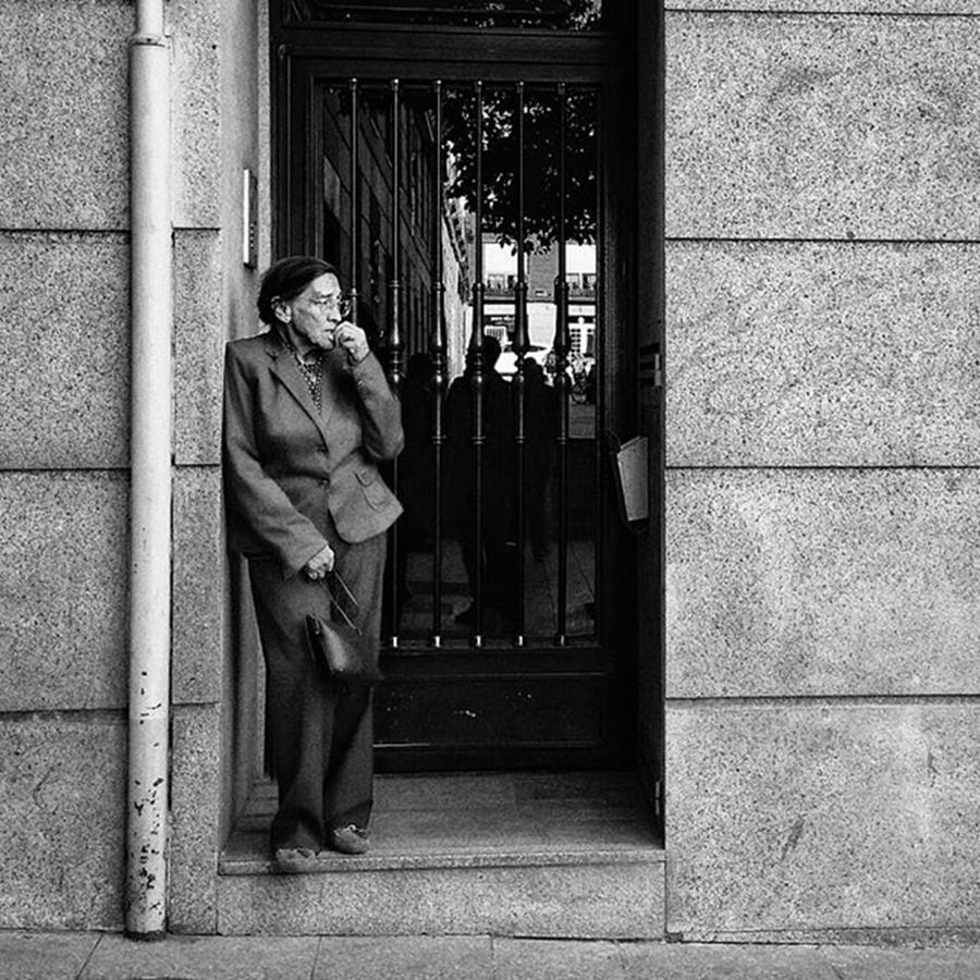People Photograph - Dubious Lady  #señora #lady #woman by Rafa Rivas
