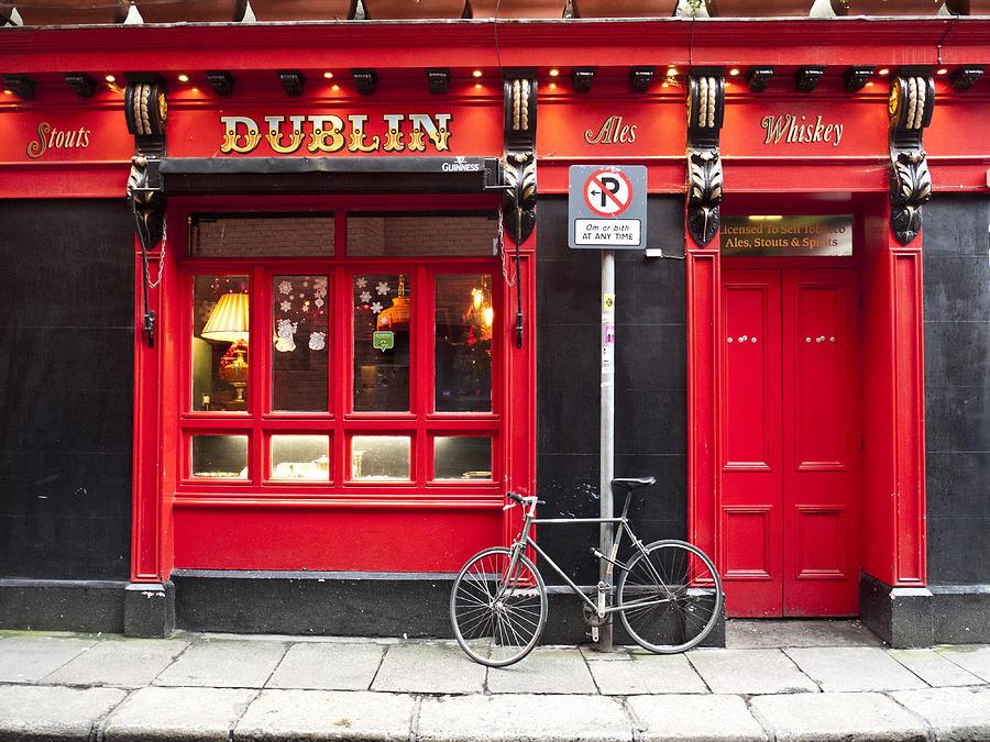 Red Photograph - Dublin Red Pub by Rae Tucker