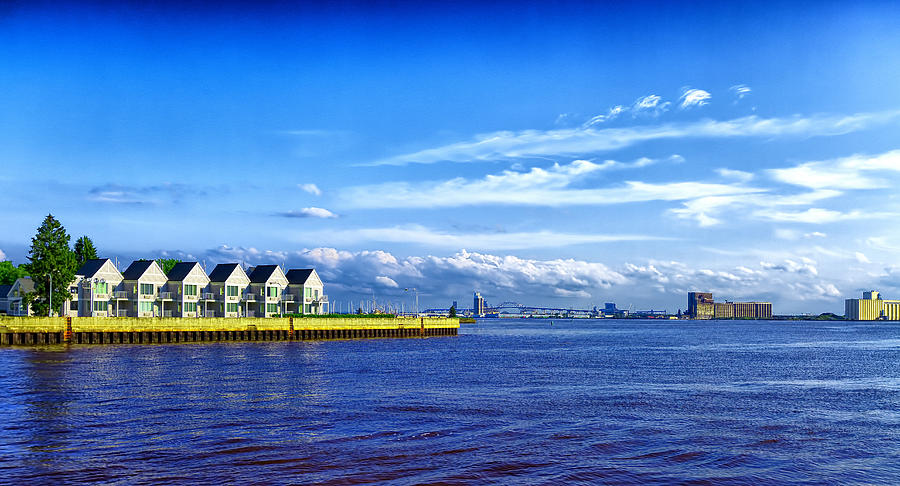 Duluth Photograph - Duluth Minnesota Harbor by Linda Tiepelman