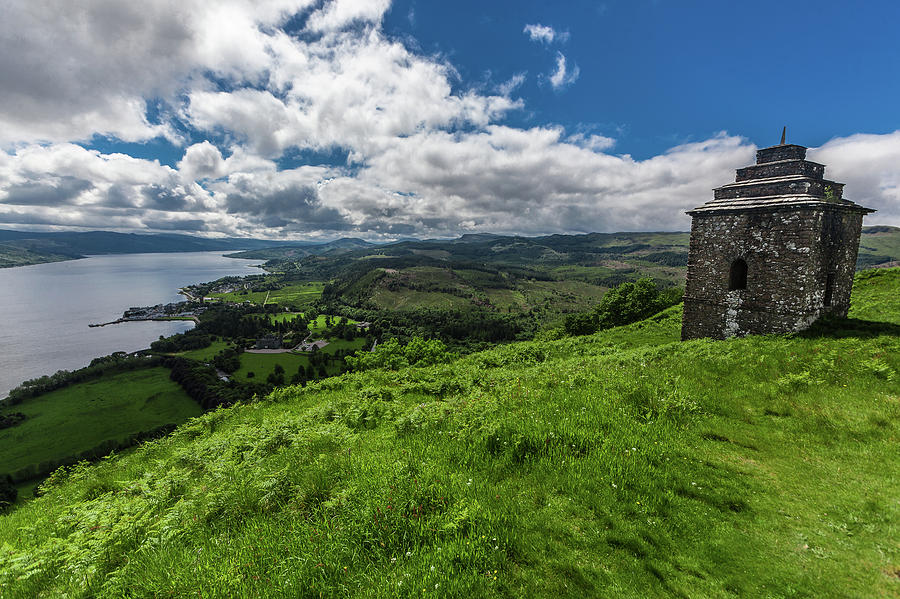 Inveraray Photograph - Dun na Cuaiche by Dan Vidal