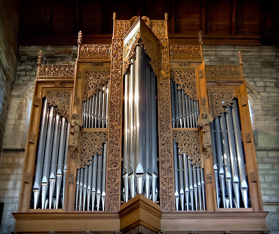 Dunblane Cathedral pipe organ by Jenny Setchell