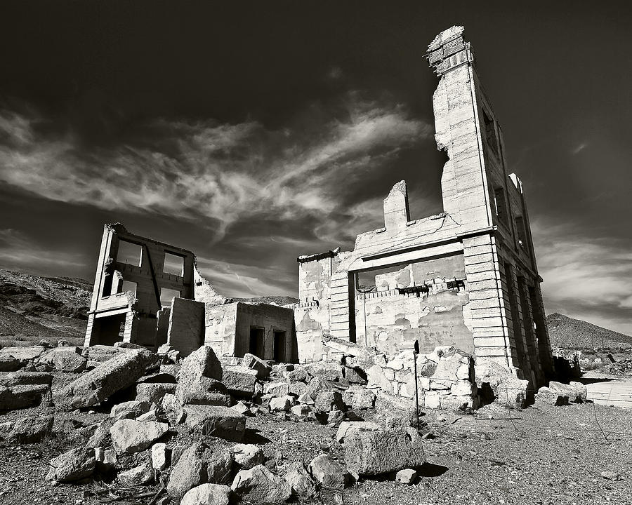 Ghost Town Photograph - Early Withdrawal by Mike McMurray