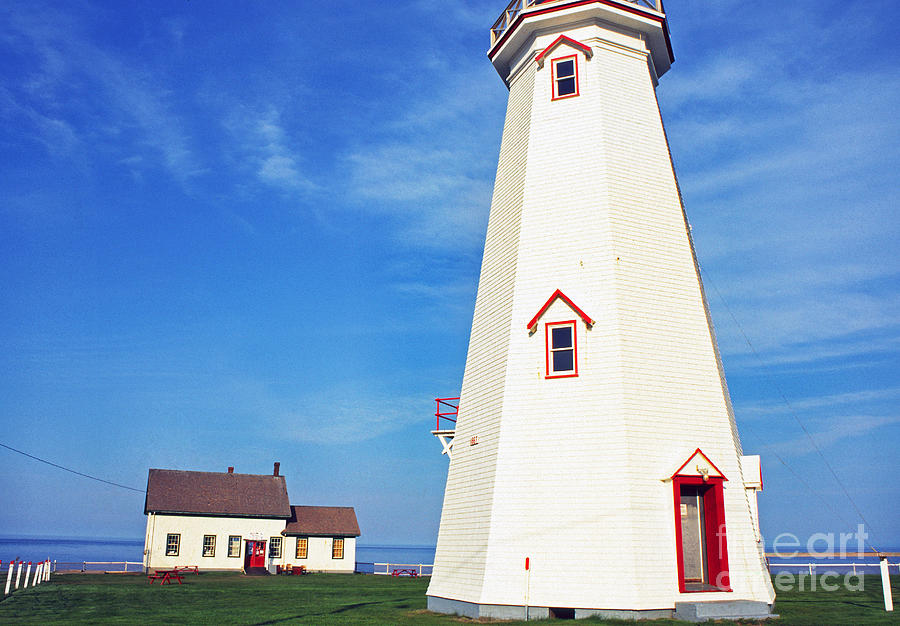 Light House Photograph - East Point Lightstation by Thomas R Fletcher