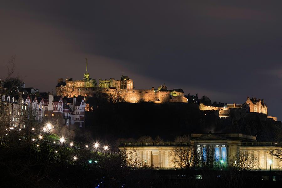 Edinburgh Castle At Night Photograph By Veli Bariskan