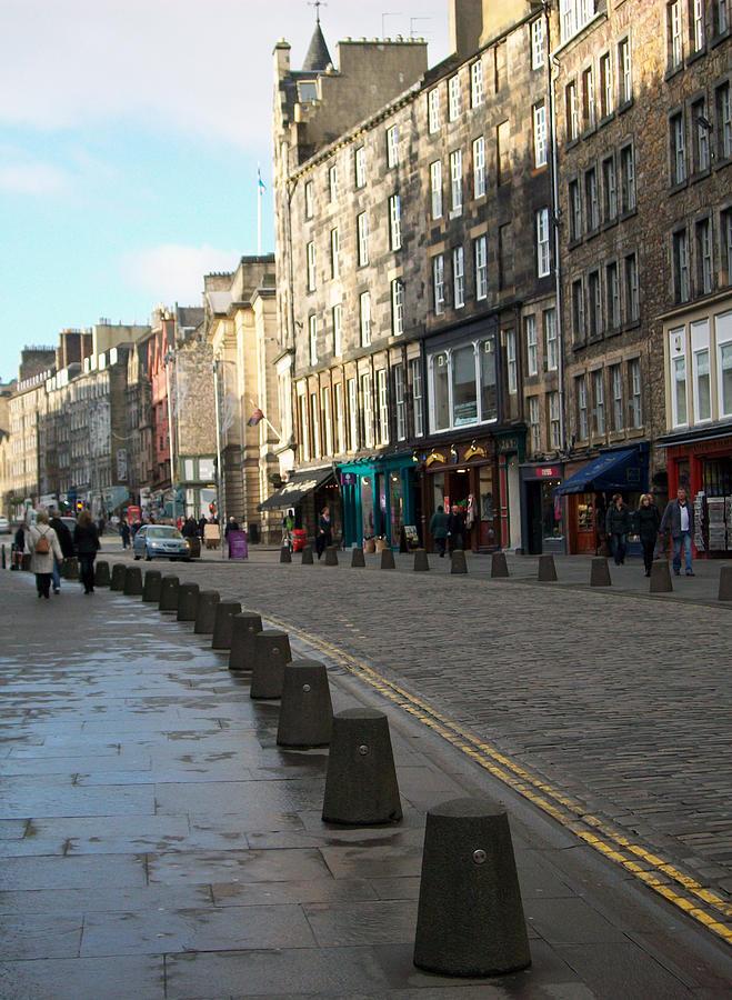 Scotland Photograph - Edinburgh Royal Mile Street by Munir Alawi