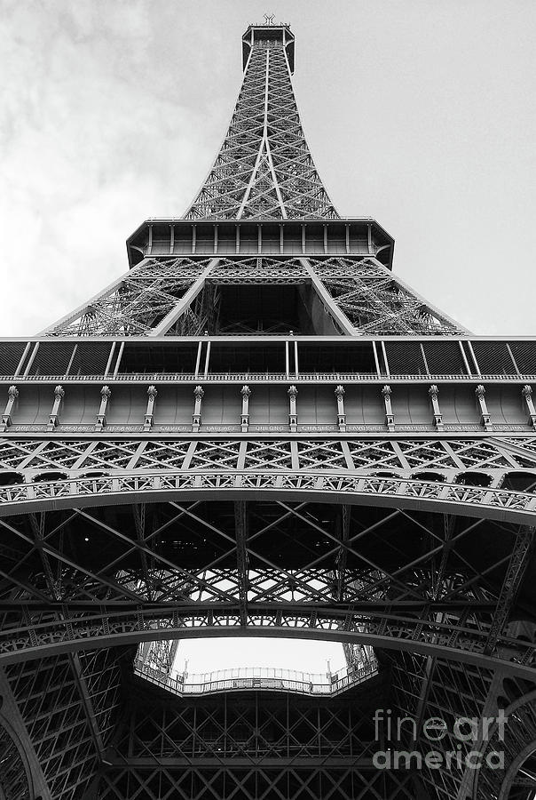 Eiffel Tower in black and white by Ivy Ho