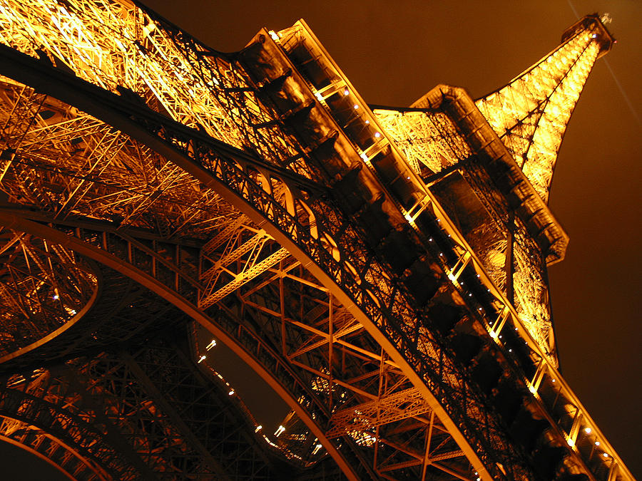 Eiffel Photograph - Eiffel Tower Paris France by Gene Sizemore