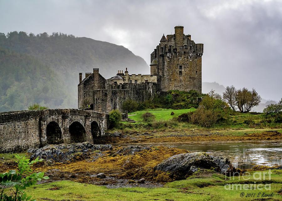 Eilean Donan Castle by Sue Karski