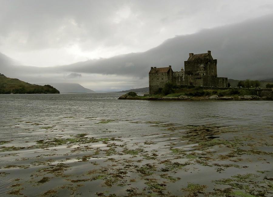Scotland Photograph - Eilean Donan Castle by Azthet Photography
