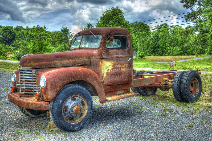 Elegant rust 1947 international harvester k b 5 truck for International harvester wall decor