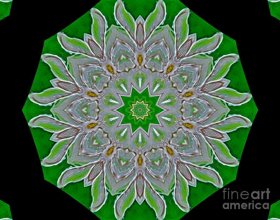 Painting Painting - Emerald Green by Marsha Heiken