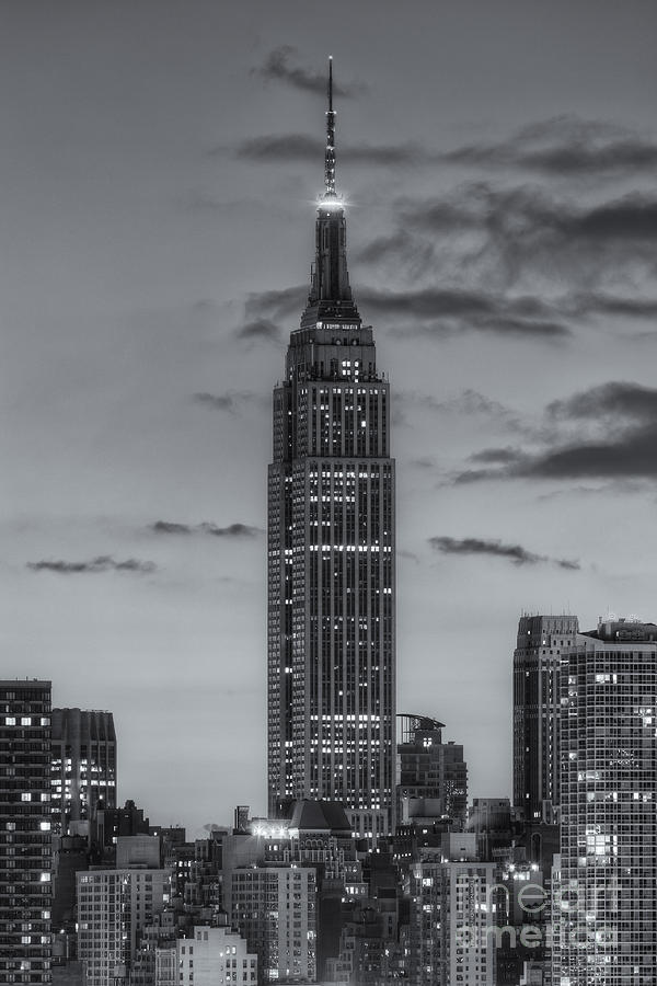 America Photograph - Empire State Building Morning Twilight Iv by Clarence Holmes
