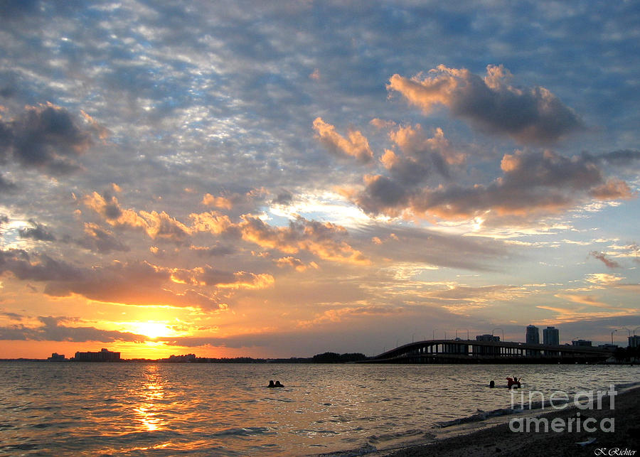 Landscape Photograph - End Of A Beach Day by Keiko Richter