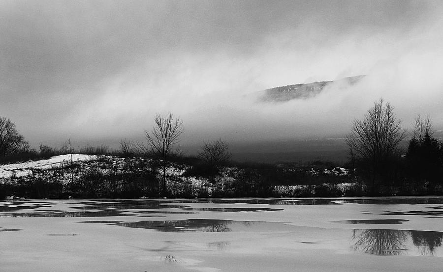 Greene County Photograph - Escarpment Brakes The Clouds Of Winter by Terrance DePietro