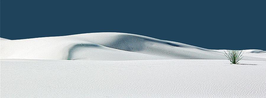 White Sands Photograph - Espoir Et Grace-hope And Grace by Paul Basile