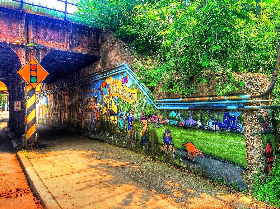 Evanston Photograph - Evanston Grafitti Art. by Louis Perlia