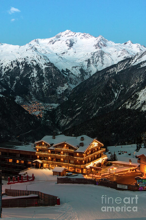 Evening comes in Courchevel by Fabrizio Malisan