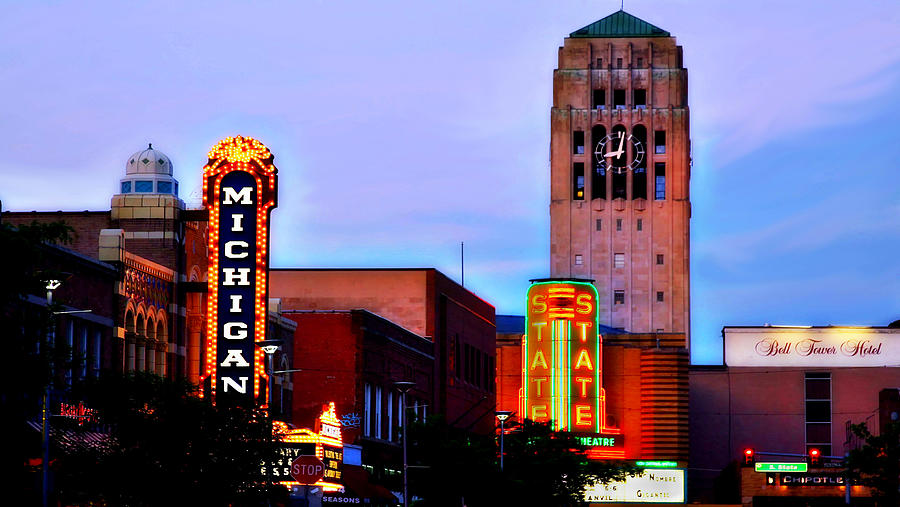 Michigan Theatre Photograph - Evening in Ann Arbor by Pat Cook
