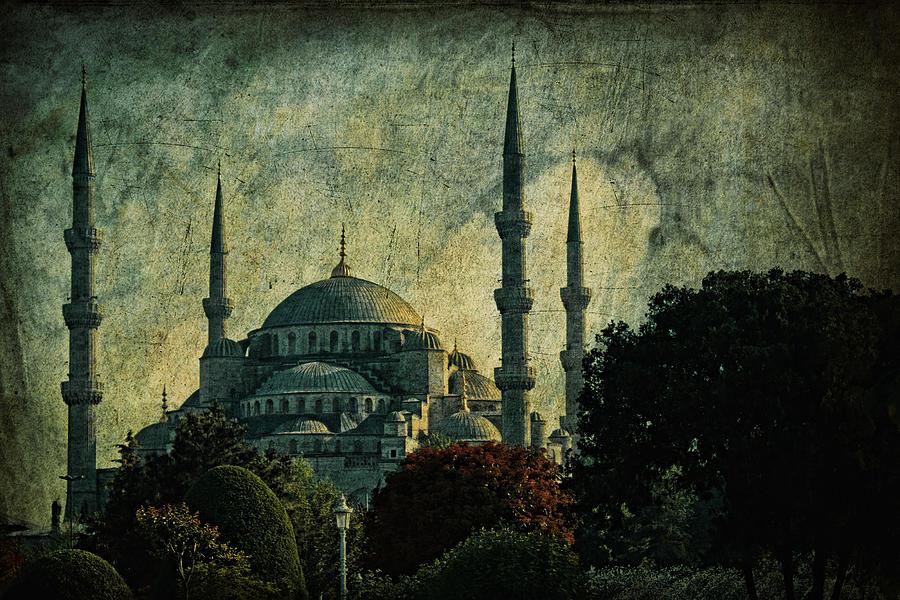 Turkey Photograph - Eventide by Andrew Paranavitana