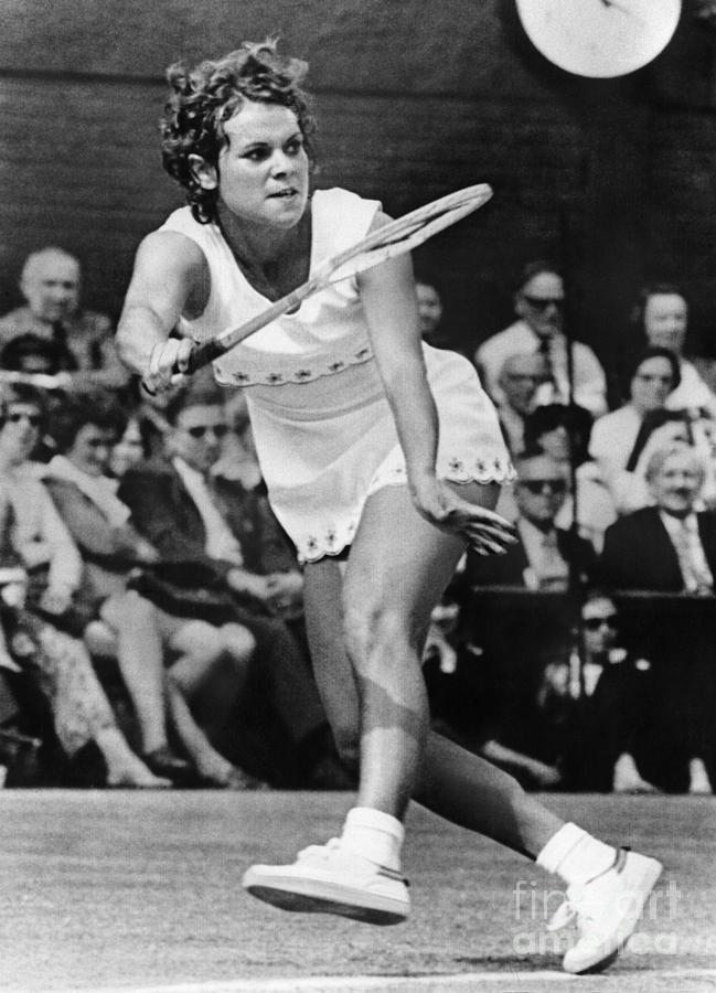 1972 Photograph - Evonne Goolagong (1951- ) by Granger