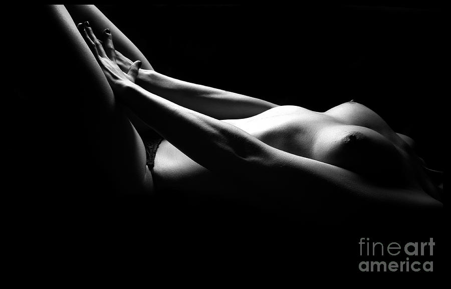 Nude Photograph - Exposed by Tina Zaknic - Xignich Photography